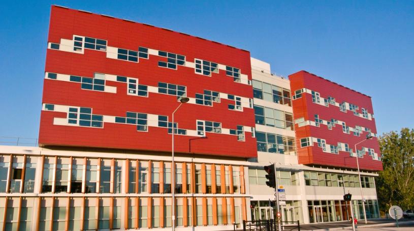 University of Évry Val d'Essonne