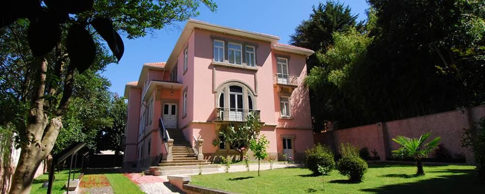 Fernando Pessoa University
